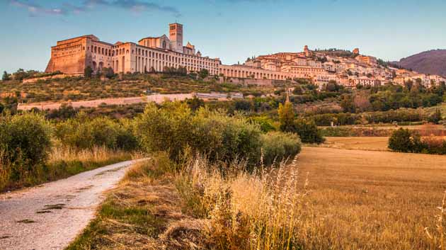 From Assisi to Spoleto … on your bike!